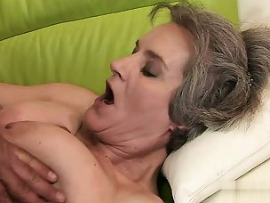 Best Swallow Porn Videos