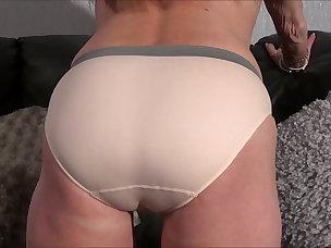 Best Cameltoe Porn Videos