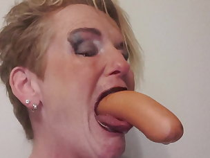 Best Tongue Porn Videos